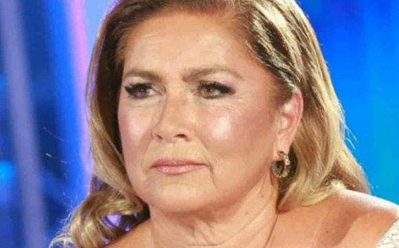 romina_power_-min-580x360