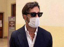 Fabrizio-Corona-mascherina-testo